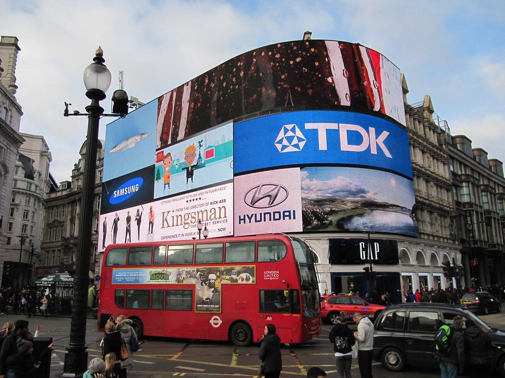 rotulos y pantallas publicitarias en Londres